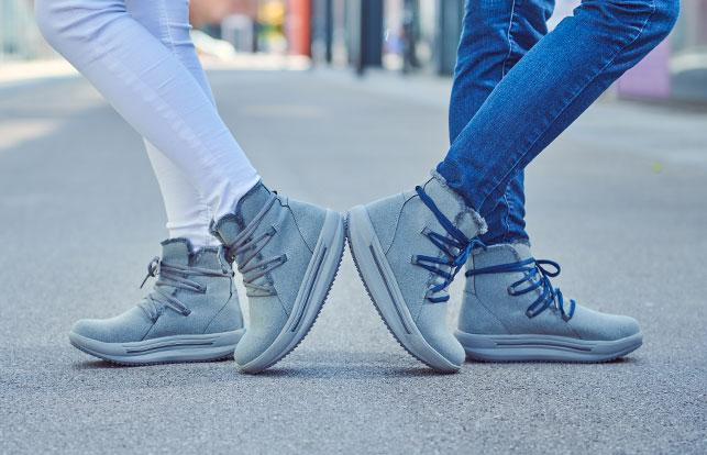 Çizme të shkurtëra Comfort Lace
